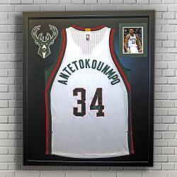 Bucks Antetokounmpo framed jersey